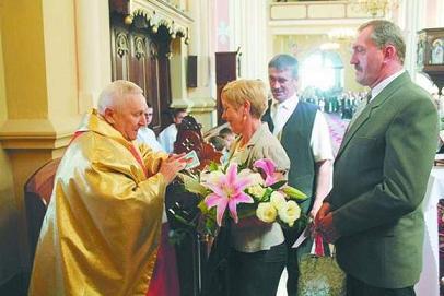 ks. kan. Jan Ołdakowskiego emerytowany proboszcz z Parafii Narodzenia Najświętszej Maryi Panny w Słuczu